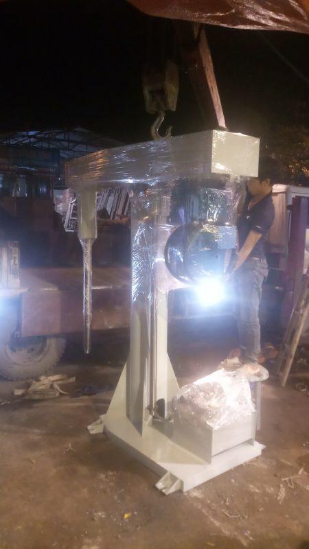 Máy phân tán sơn nước