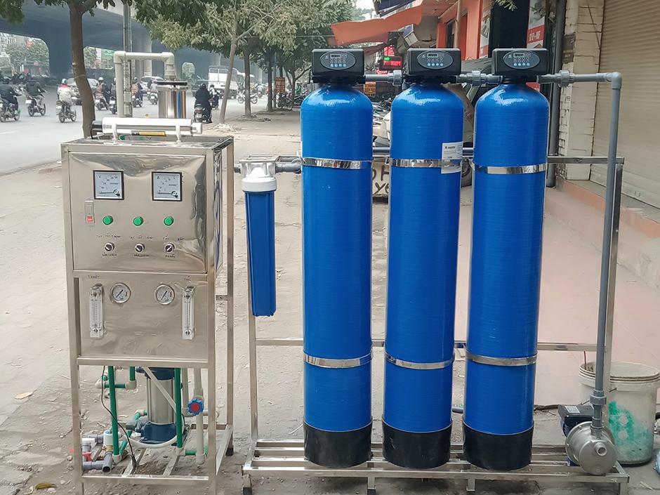 Máy lọc nước RO sản xuất sơn